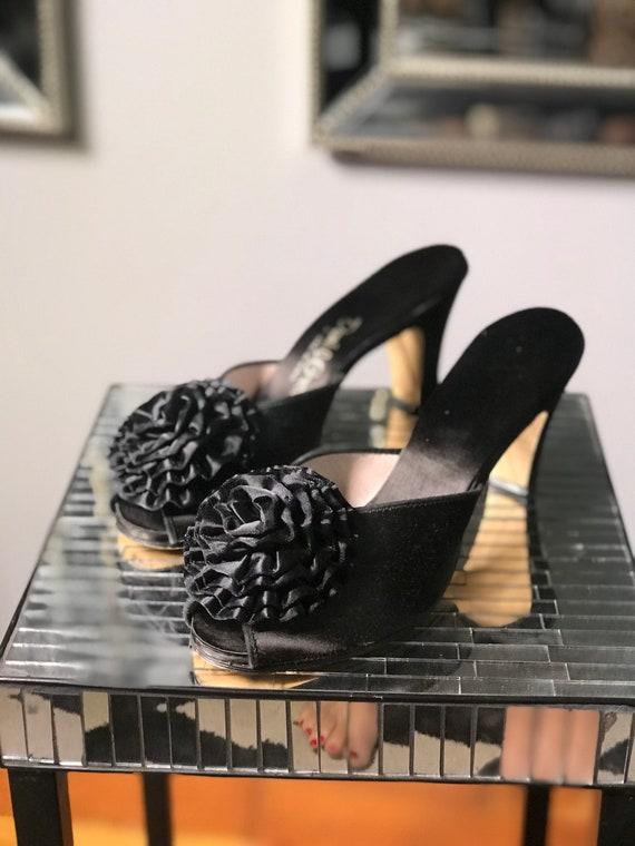 """Vintage """"Daniel Green"""" 1950s Pinup Heels Black Ros"""