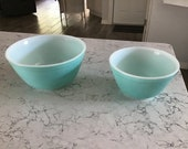 RARE Vintage 1960 39 s (2) Pyrex Glass Robins Egg Blue Aqua Turquoise Nesting Mixing Bowl 402 (5 cup) 15 and 401 (3 cup) 45 Ovenware USA