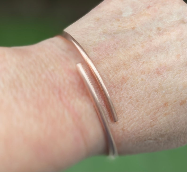 Copper bracelet minimalist overlap bangle arthritis circulation health wellbeing healing unisex gift women men anniversary