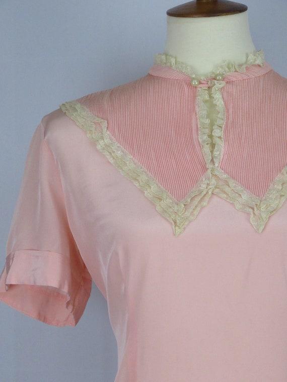 Vintage 1940's Pink Blouse