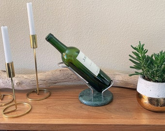 Vintage Hollywood regency gold tone metal bamboo 7 bottle wine rack holder bar retro barware home decor wino lover southern charm preppy