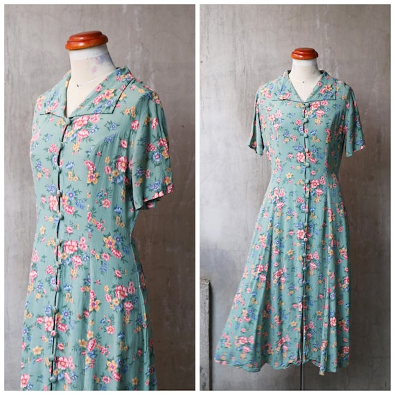 80s does 40s green floral rayon crepe buttons fron