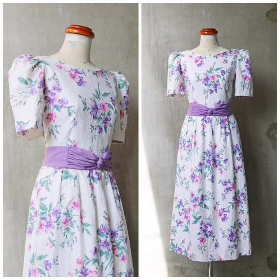 80s white & lavender floral Lanz day dress