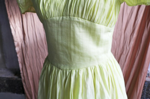 30s 40s 50s lime cotton dress with puff sleeves - image 5
