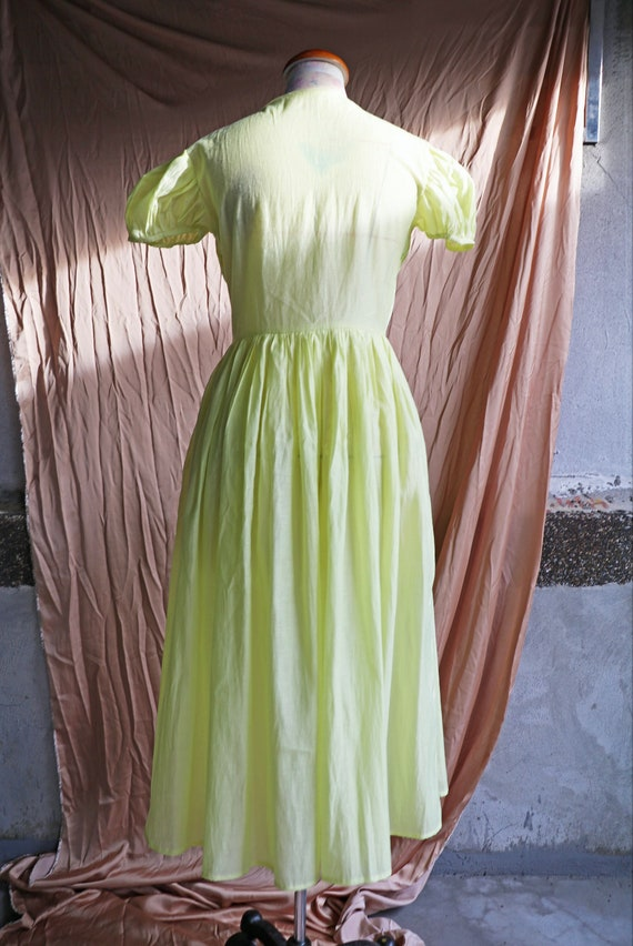 30s 40s 50s lime cotton dress with puff sleeves - image 3