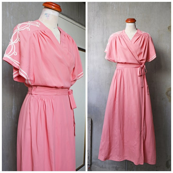 30s 40s peach crepe rayon dressing gown robe /pink