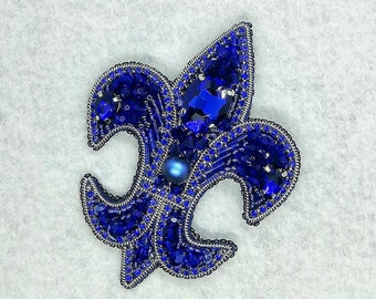 FLEUR DE LIS royal lily brooch lily beaded brooch jewelry embroidery blue silver Flower Heraldic brooch Arms Of France Three Petal Flower