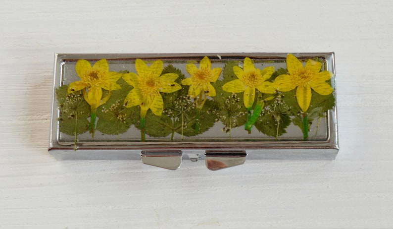 Trinket Box yellow narcissus pill case Weekly Pill Box 6 grid Flower Pill Container Gift for Her Mint Case Vitamin Box Stocking Stuffer