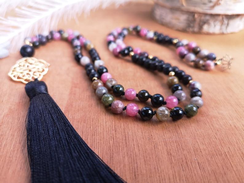 Mala Long Tibetan jumping necklace 108 pearls semi precious natural fine stones Tourmaline multicolored black gold gold wood