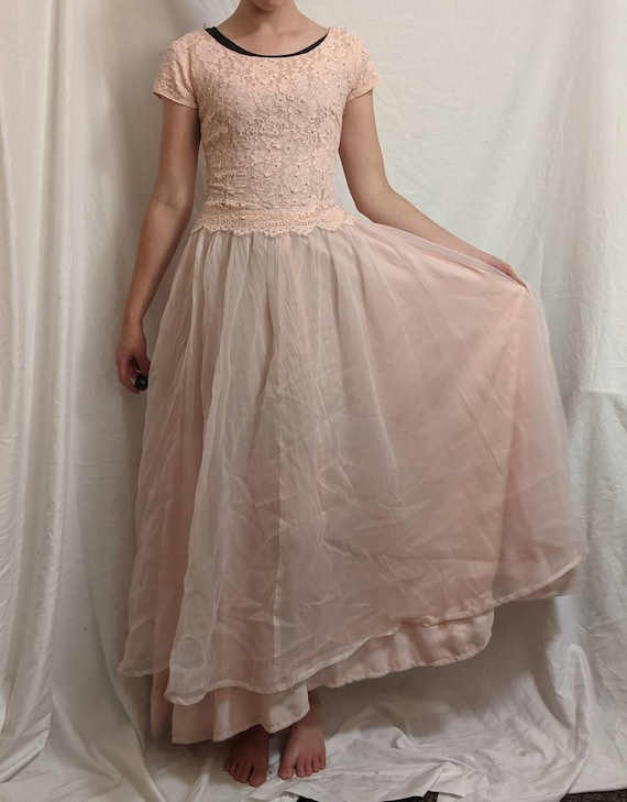 Vintage 40s/50s pink beaded formal gown