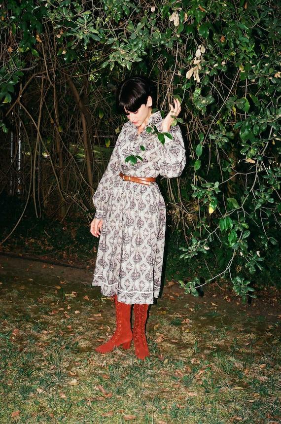 Vintage 1970s 70s Paisley Prairie Witch Mdi Dress… - image 2