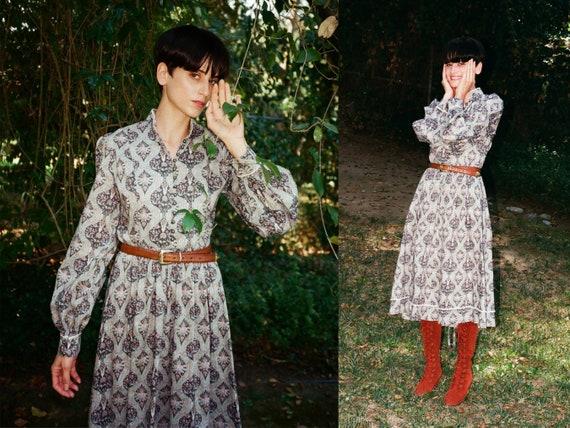 Vintage 1970s 70s Paisley Prairie Witch Mdi Dress… - image 1