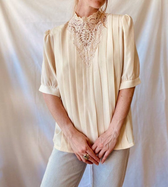 1970s Victorian Style Poet Blouse / Lace Collar Vi