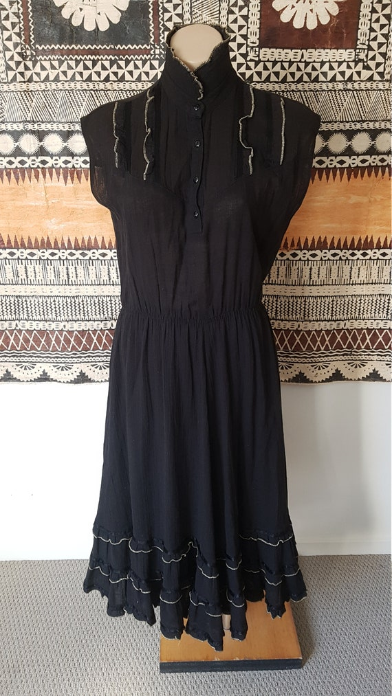 Country/Disco 70s Dress