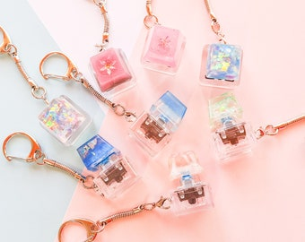 PREMIUM Artisan Mechanical Keycap Keyring Combo! SUPER CLICKLY! – Collectable Fidget toy tactile Limited Edition – Blue switch