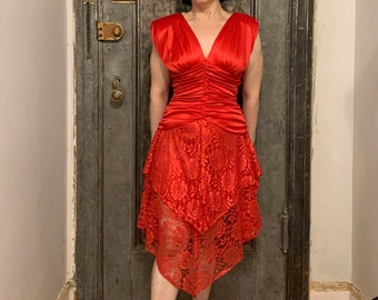 Vintage 80s sleeveless red silky feeling and lace cocktail dress prom dress Asymmetrical tiered lace  by Seneca
