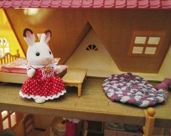 Miniature rag rug for dollhouses