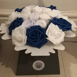 Pregnancy Navy /& White Cute Mum to be Baby Shower Gift Baby clothing Newborn Baby Gift 0-3M Nappy Cake Clothing Bouquet