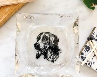 Vintage dog ashtray Hunting dog figure Doberman Rottweiler lover dog gift Smoking desk decor Table dog stand Gift hunter dad Soviet bronze