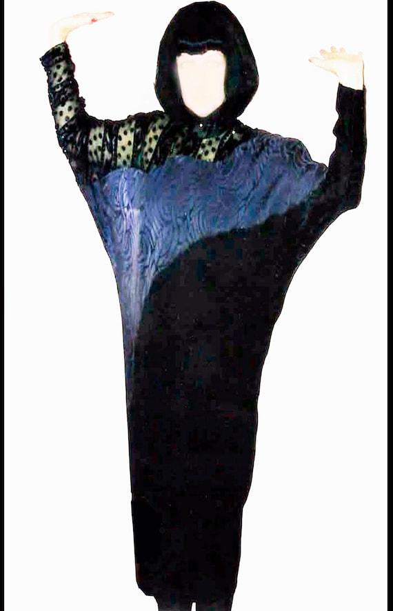 Elegant silk evening dress - image 2