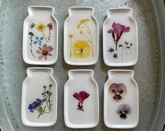 Catch All Tray   Pressed Flowers   Resin Art   Soap Dish   Ring Tray   Jewelry Tray   Home Decor