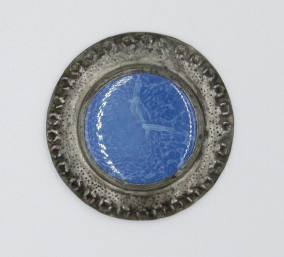 Large Ruskin style pewter brooch
