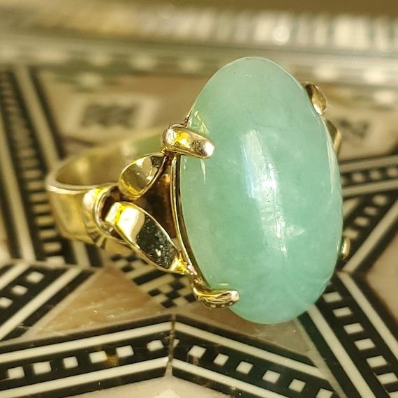 Cabochon Jade 14K Gold Vintage Solitaire Ring - N… - image 10