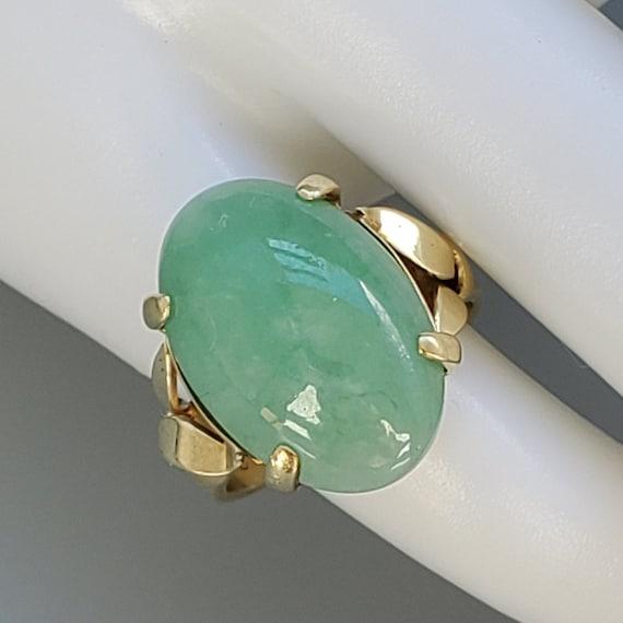 Cabochon Jade 14K Gold Vintage Solitaire Ring - N… - image 6