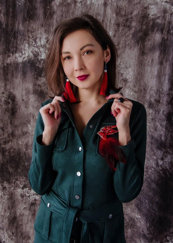 Embroidered red bird lucky brooch 18th birthday gift. Handmade gemstone jewelry