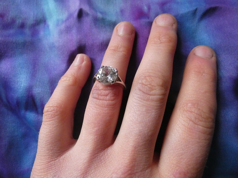 Vintage Cubic Zirconia 925 Silver Engagement Ring