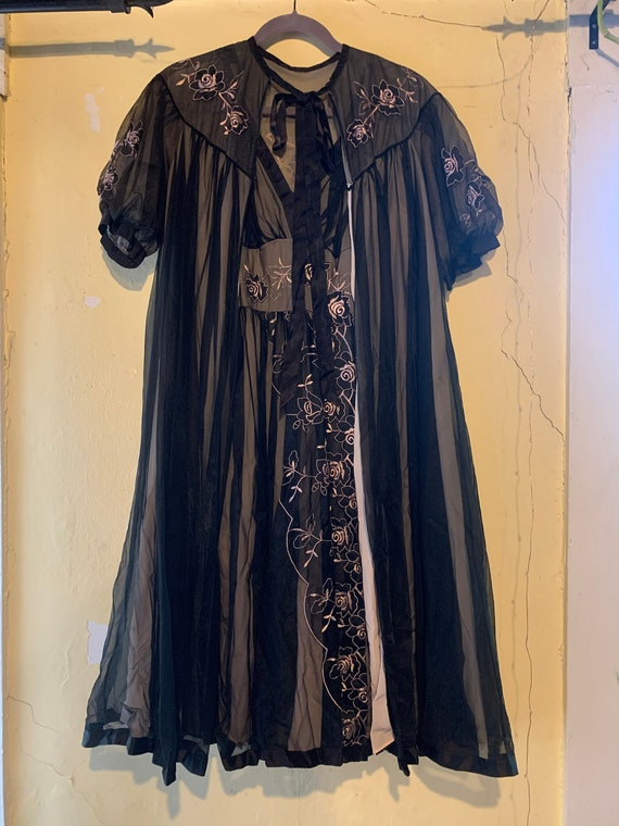 black two piece embroidered nightgown/lingerie/sli