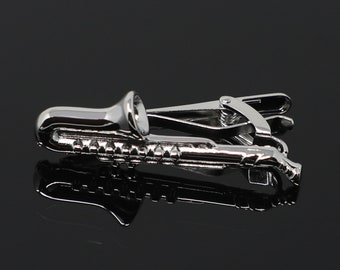Silver Toned Etched Oval Cello Music Instrument Tie Clip
