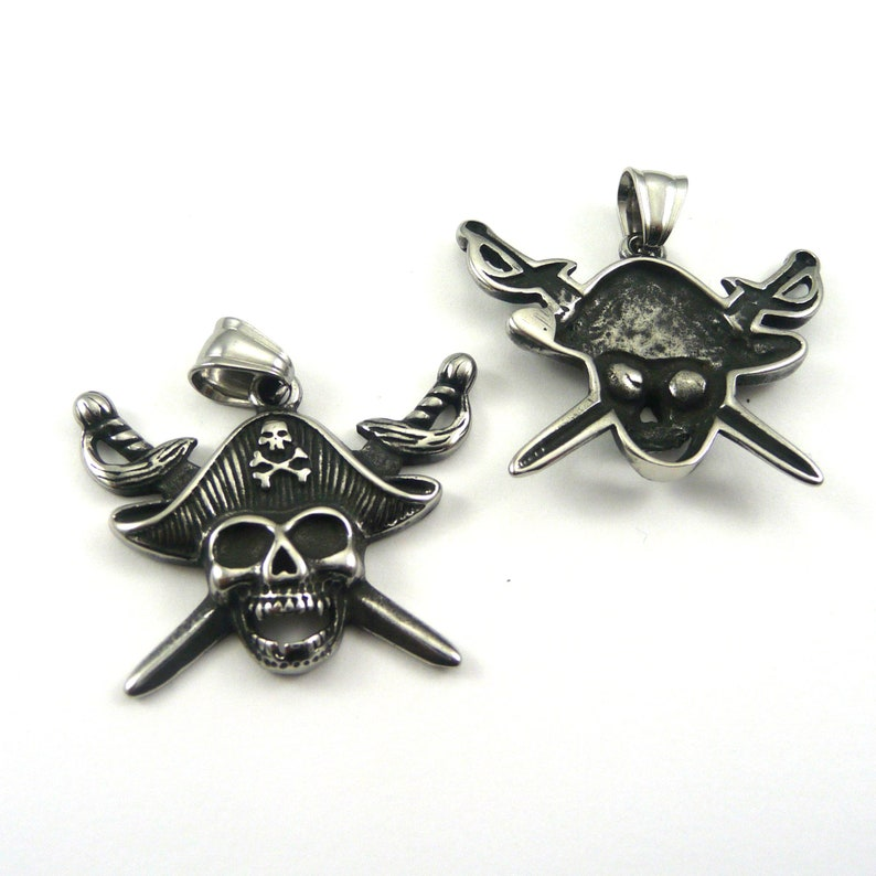 1 Pirate Style Skull Charm Hole: 8x5mm Antique Silver 30x39x5.5mm KL6 304 Stainless Steel Pendants