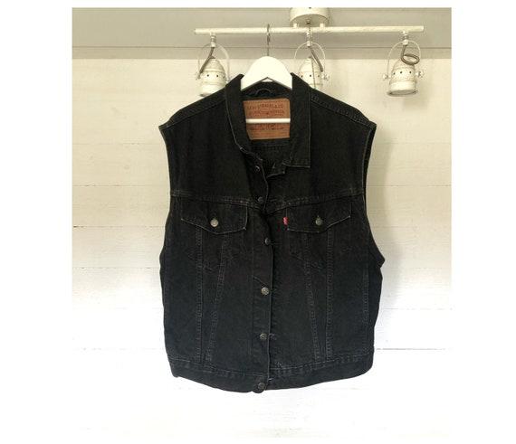 LEVI'S vintage black pocketed button up denim vest