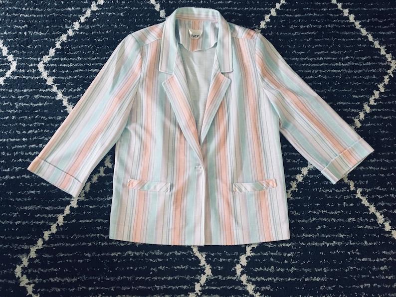 Sweet vintage pastel blazer