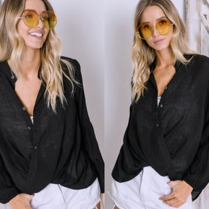 S-L Solid Textured Button Down Ruch Twisted Hem Long Sleeve Blouse