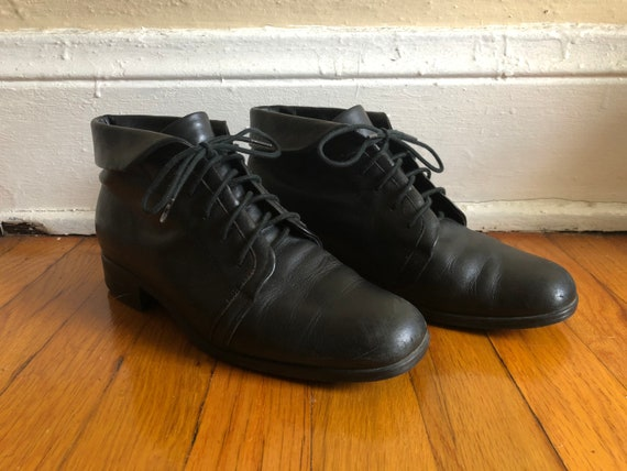 Lace Up Ankle Booties By Danexx. Vintage Ankle Booties Size 5.5 Short Black Genuine Leather 1990s Women Flat