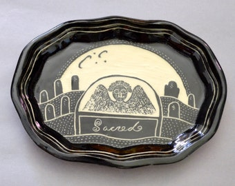 Small scalloped plate—Angel