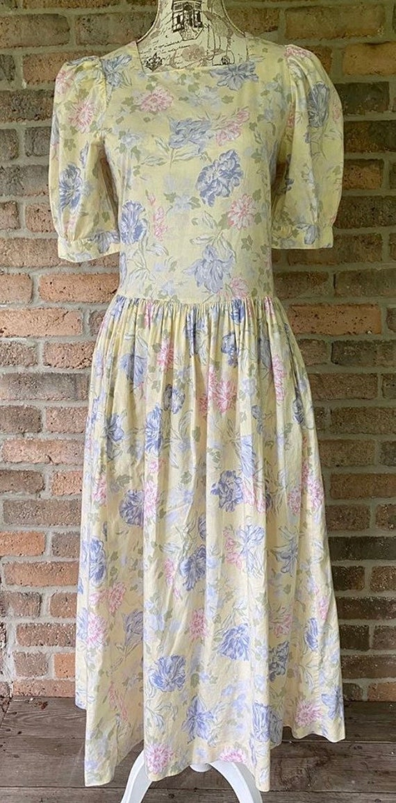 80s vintage Laura Ashley Prairie Dress yellow flor