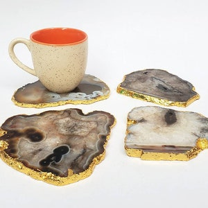 Set of 4 pcs and 6 pcs White Agate Coaster Gold Electroplated.