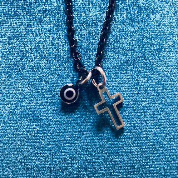 Dark Vibes Chain