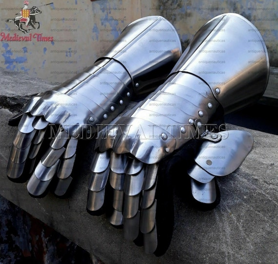 Medieval Gauntlet Armor Pair Gloves ~ Larp wearable Gloves ~Viking Knight Crusader Gloves ~ Functional Gothic Armour Gauntlets~ Gift Items