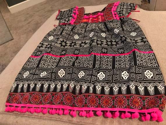 Thai hmong girt outfit size 4T