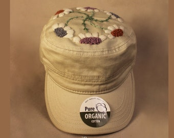 hand embroidered armycap / wildflowers
