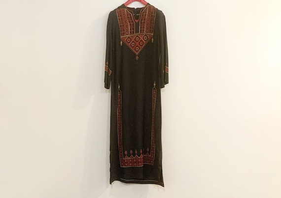 Vintage 1970s Middle Eastern caftan all Hand Made