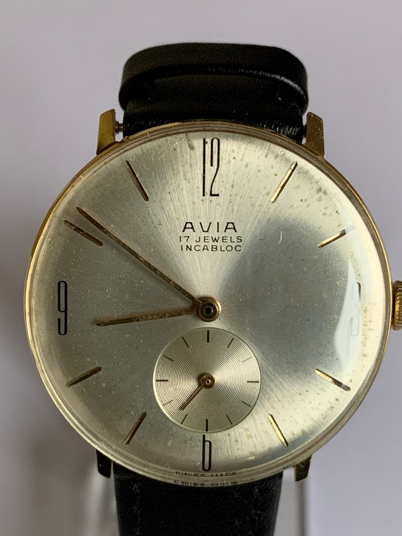 Vintage 1970's Avia Gents Watch 17Jewel