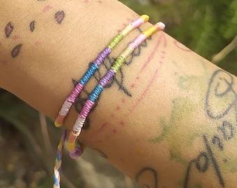 Adjustable bracelet in pastel tones, round bracelet, thin bracelet, pastel bracelet