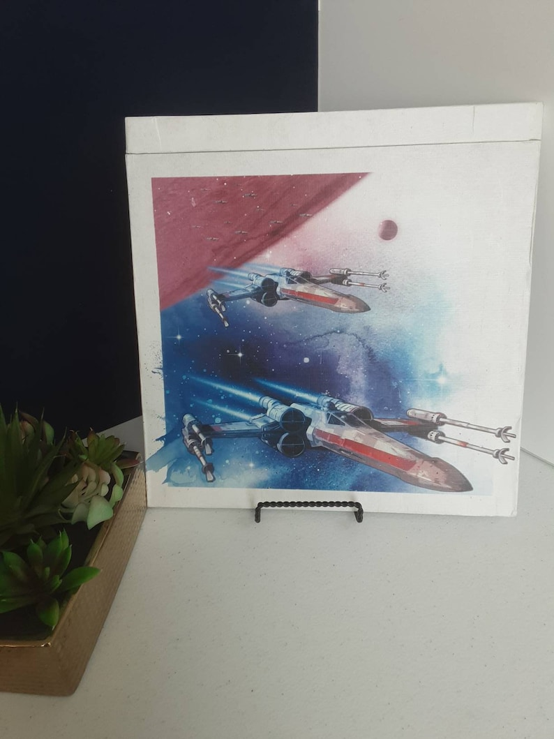 Luke C3PO Leia Star Wars Memorbilia 2017 Collectors Edition Calendar  with Poster-like Pages of Hans Chewy