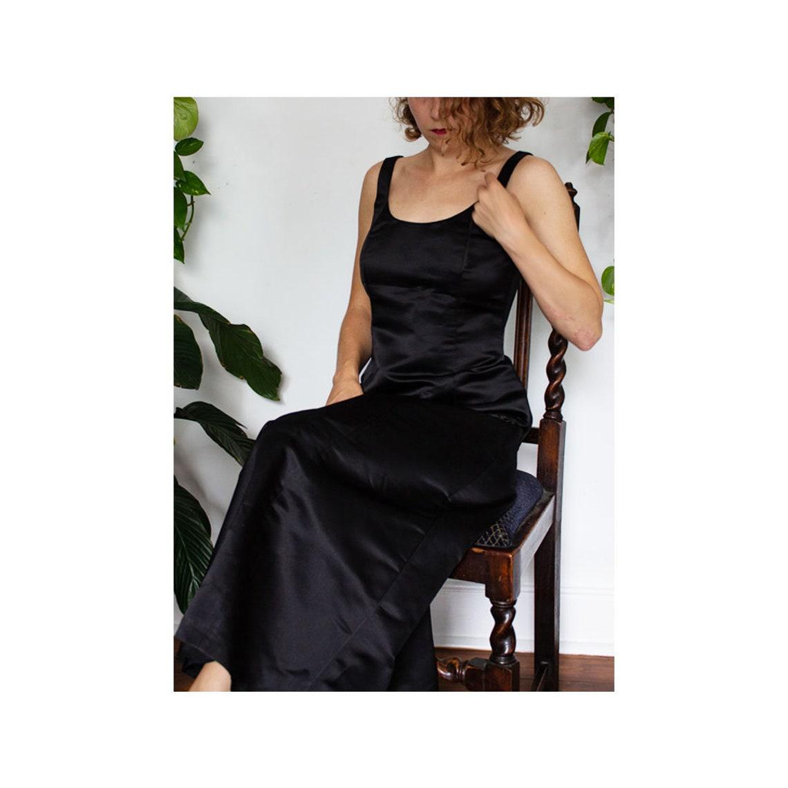 Laura Ashley 100% Silk evening dress  Size 8