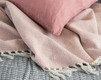 Plaid, bedspread old pink in country house style EMILIE cream